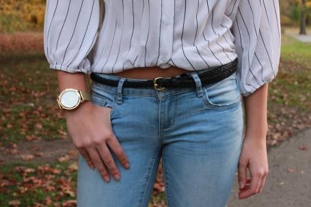 bnrown leather belt