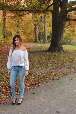 shoulderless blouse